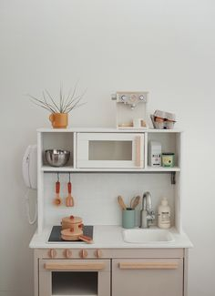 modern ikea play kitchen hack - almost makes perfect