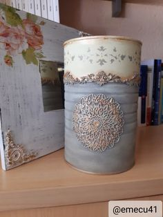 Aluminum Can Crafts, Tin Can Crafts, Crafts To Sell, Diy And Crafts, Tin Can Art, Recycled Tin Cans, Candle Craft, Decoupage Art, Repurposed Items