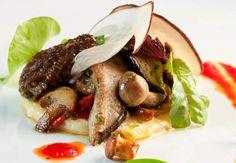 La poêlée de cèpesA Bidart, vous trouverez un jeune chef qui réalise de délicieux plats quand vinet la saiosn des cèpes notamment.Retrouvez la recette de la macaronade aux cèpes