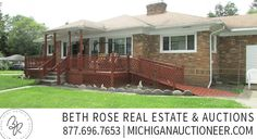 Full Brick Ranch Home in New Boston, MI - Selling at Auction on Thursday, August 27th at 6pm. Home and 40' x 40' Pole Barn on .83+/- acres. Learn More Now! Www.MichiganAuctioneer.com #realestate #auction #homesale #homeauction #newbostonmi #newboston #detroitmi #detroitmetro