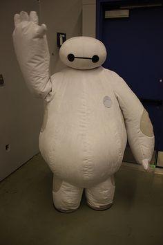 """""""Baymax Big Hero 6 Costume"""" - Hehe, I'd wear that >D<"""