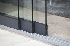 157 Gumax Glazen Schuifwand Mat Antraciet Bauhaus Design, Built In Cabinets, House Windows, Patio Doors, Sliding Doors, Glass Door, Decoration, House Plans, Home And Garden