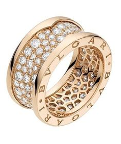 BULGARI - B.ZERO1 ring in 18k pink gold with pavé diamonds. What a statement!