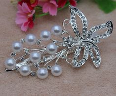 Smile Pearl crystal Butterfly Flower Hairpin Rhinestone hair barrette *** See this great product. Hair Chains, Butterfly Flowers, Hair Barrettes, Bobby Pins, Pearl Necklace, Remarque, Hair Accessories, Pearls, Hairpin