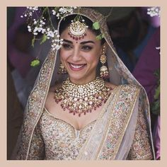 South indian bridal lehenga jewellery 22 Ideas for 2019 Bridal Outfits, Bridal Wedding Dresses, Bridal Style, Sikh Wedding, Destination Wedding, Eid Outfits, Wedding Bells, Wedding Planning, South Indian Bridal Jewellery