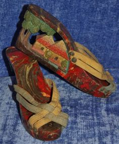0ec6bd887059 Hand-Carved Platform Shoes Size 5 6 N