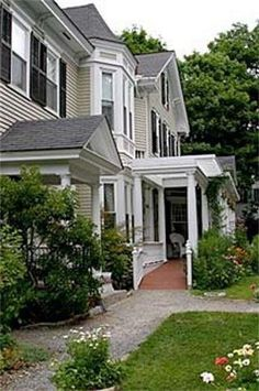 Mira Monte Inn and Suites, Bar Harbor Maine. http://www.visitingnewengland.com/hotelinfo/115947.html