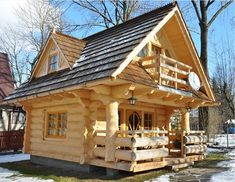 riddick09:  The Little Log House Company  Log homes are one of the most resistant types of home and they are also very affordable. For centuries, people around the world have been living in log homes and they seem to be quite popular nowadays too. This next cute tiny log home would be perfect for a small family who has a love for rustic and traditional designs. The log house has been made of the highest quality wood, so it can resist in any weather condition for a long period of time…