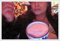 Oggi voglio darti la ricetta della mousse alla fragola. E' uno dei miei dolci Dukan preferiti. La preparo spessissimo, in pratica quasi tute le settimane