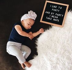 Your child starts with the basic requirement of either breast milk or formula. However what occurs after the milk? Two Month Old Baby, 3 Month Old Baby Pictures, Monthly Baby Photos, Baby Girl Pictures, Newborn Pictures, Baby Month By Month, Milestone Pictures, Funny Baby Pictures, Steve Jobs