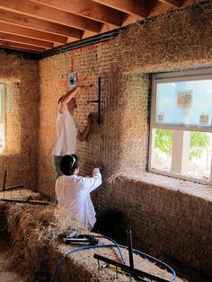 25 Ideas For Nature House Straw Bales Cob Building, Green Building, Building A House, Straw Bale Construction, Mud House, Tiny House, Earthship Home, House In Nature, Straw Bales
