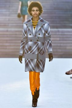 Louis Vuitton Resort 2018 Fashion Show Collection