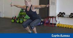 Näin treenaat keskivartalon lihakset ja tasapainon kuntoon kotona – 10 liikettä aloittelijalle ja kovakuntoiselle