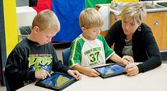 Mobile is a major e-learning trend both educators and designers should watch closely .