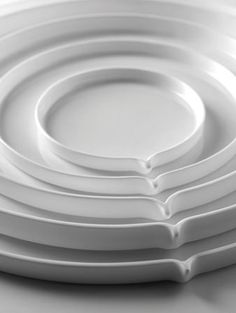 Ann Van Hoey - Ceramics - Geometry for Peter Goossens - Serax Ceramic Plates, Ceramic Pottery, Earthenware, Stoneware, Cadeau Design, Keramik Design, Boutique Deco, Kitchenware, Tableware