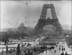 La Tour Eiffel in costruzione