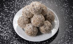 """These vegan, gluten-free macaroons are chewy and moist with a rich, chocolate flavor. Adapted from the Chicago Tribune """"Good Eating"""" section, March Chocolate Macaroons, Chocolate Pastry, Chocolate Flavors, Gluten Free Macaroons, Dog Food Recipes, Cookie Recipes, Vegan Recipes, French Vanilla, Perfect Breakfast"""