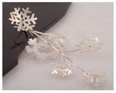 Snowflakes, Earring // Hiutaleet - korusarja, korvakoru