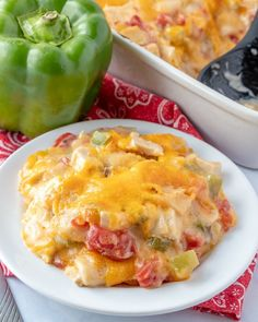 This King Ranch Chicken Casserole is a combo of chopped chicken, cheese, tortillas, and spicy tomatoes in a creamy sauce, and is a sure-fire hit. Mexican Food Recipes, Beef Recipes, Chicken Recipes, Dinner Recipes, Family Recipes, Easy Recipes, King Ranch Chicken Casserole, Family Fresh Meals