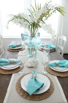 An Early Spring Coastal Style Dining Table - Starfish Cottage The Effective Pictures We Offer You About boho beach house decor A quality picture can tell you many things. You can find the most beauti Dining Room Table Decor, Deco Table, Beach Dining Room, Dining Table Placemats, Dining Table Runners, Dining Room Furniture, Summer Table Decorations, Table Centerpieces, Coastal Style