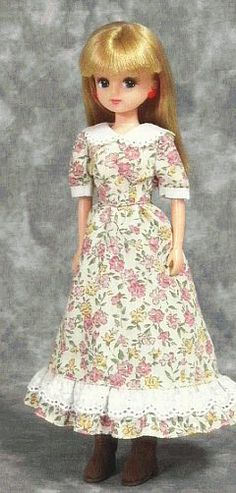 how to: dress (reduce pattern pieces to 1/12th scale)