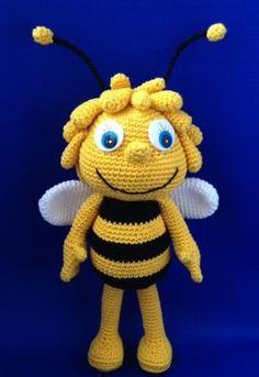 Mesmerizing Crochet an Amigurumi Rabbit Ideas. Lovely Crochet an Amigurumi Rabbit Ideas. Crochet Bee, Crochet Amigurumi, Cute Crochet, Amigurumi Doll, Amigurumi Patterns, Crochet Crafts, Crochet Dolls, Crochet Projects, Crochet Patterns