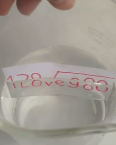 Halloween is around the corner and I want do some special science experiment to celebrate Halloween. This Zip Lock Bag Water Refraction is good to try. I draw a pumpkin and a ghost, the pumpkin will disappear in water, but the ghost. Science Projects For Kids, Science Activities For Kids, Preschool Science, Teaching Science, Science For Kids, Science Crafts, Science Fun, Physical Science, Bible Science