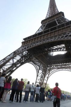 How to beat the queues at the Eiffel Tower - Europe - Travel - The Independent