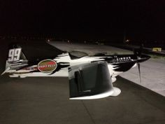Check that beautiful new Hartzell Propeller logo on Mike Goulian's #99 racing plane.