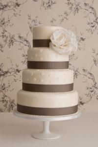 another simple cake idea - ribbons with big flower up top