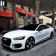 Audi 100, My Dream Car, Dream Cars, Voiture Rolls Royce, Vagas Home Office, Volkswagen, Top Luxury Cars, Lux Cars, Bmw