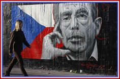 Vaclav Havel mural