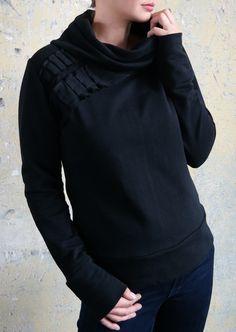 Sweatshirts - schwarzer pullover, elegant und schlicht - ein Designerstück von unanova bei DaWanda
