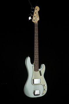 Bass Guitars - Fender American Vintage '63 Precision Bass