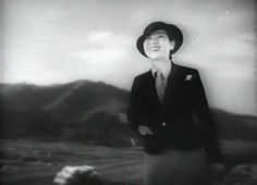 Sachiko Chiba in Wife! Be Like a Rose! (Mikio Naruse, 1935)