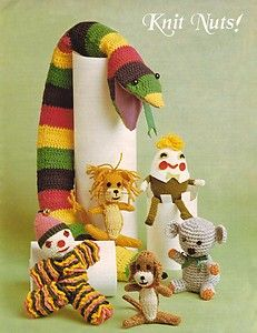 VINTAGE 1970'S TOYS KNITTING AND CROCHET PATTERN