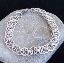 Helmsweave Chainmaille Bracelet | AllFreeJewelryMaking.com