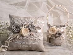 Flower Girl Basket & Ring Bearer Pillow Set di forlovepolkadots