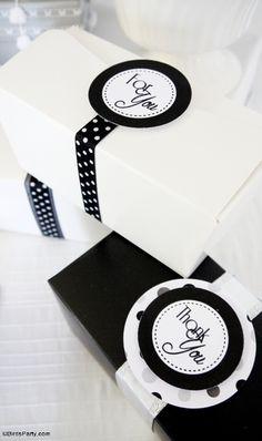 Glitter & Snow Holiday party Ideas with DIY decorations! via BirdsParty.com