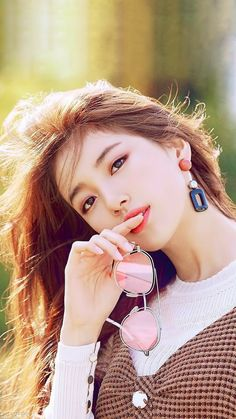 Stunning beauty colliding with talent Korean Beauty, Asian Beauty, Miss A Suzy, Foto Portrait, Bae Suzy, Park Shin Hye, Korean Celebrities, Beautiful Asian Women, Korean Actresses