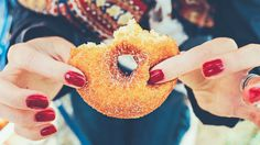 Dr Hyman explains how your brain's reward center may be fueling your sugar addiction, and 5 health hacks to stop your sugar cravings.