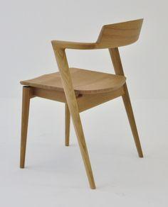 Seoto is a minimalist design created by Japan-based company Hida Sangyo Co.,Ltd.