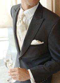 Menswear: Gray tux with ivory tie
