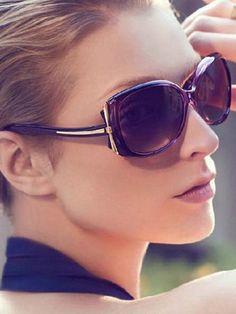 Солнцезащитные очки 2016: фото модных женских очков, брендовые солнцезащитные…