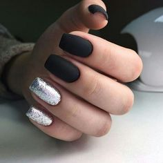 Have you discovered your nails lack of some stylish nail art? Yes, lately, many girls personalize their nails with beautiful … Sns Nails Colors, Love Nails, Pretty Nails, Gel Nails, Acrylic Nails, Nail Polish, Heart Nail Designs, Nail Art Designs, Nails Design