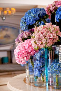 Pink and blue hydrangeas play off each other at Four Seasons Istanbul.