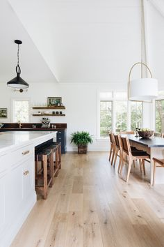 A Modern Classic Renovation (Before + After) - Emily A. Clark A Modern Classic Renovation (Before + After) - Emily A. Kitchen Living, New Kitchen, Boho Kitchen, Dining Pendant, Open Floor House Plans, White Kitchen Island, Kitchen Islands, Dining Room Inspiration, Dining Room Design