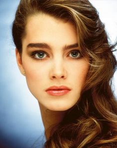 Beautiful Eyes, Most Beautiful Women, Brooke Shields Young, Vaquera Sexy, Elf Make Up, Natalia Vodianova, Laura Geller, Cindy Crawford, Heidi Klum