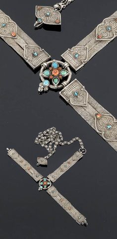 Tibet | Belt; silver filigree, decorated with turquoise and coral | 375€ ~ Sold (June '15)