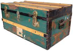 Groene scheepskist by http://vonliving.nl/  http://www.vonliving.nl/Webwinkel-Product-18258185/Scheepskist.html#